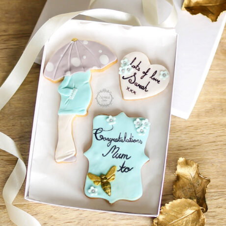 Blue-Mum-to-be-cookie-gift-for-new-expecting-mum