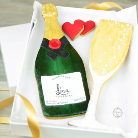 Personalised-Champagne-bottle-and-flute-biscuit-Valentines-gift-box