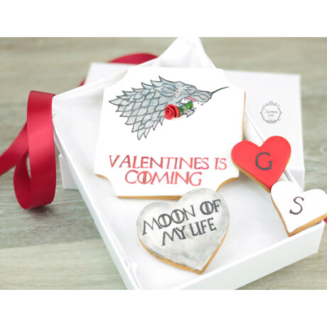 Personalised-Game-of-Thrones-theme-valentines-biscuit-gift-box;-Moon-of-my-life
