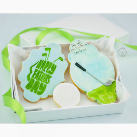 Hand-Painted-Golf-Father's-Day-cookie-card-by-Estrele-Cakes